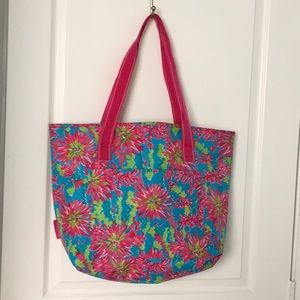 Lilly Pulitzer large insulated tote